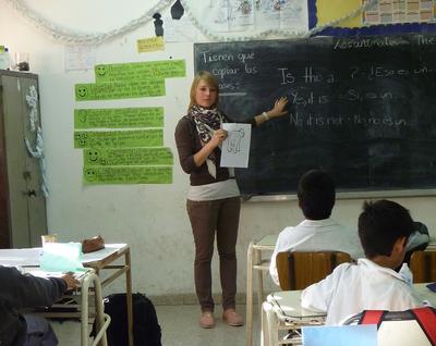 Nauczycielka niemieckiego w klasie