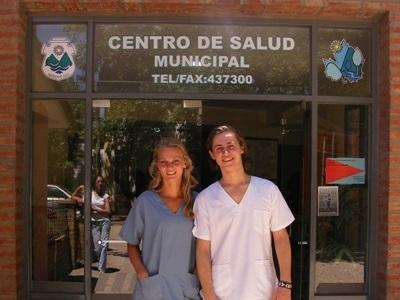 Interns on the Medicine project in Argentina at their project placement